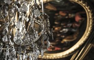 chandelier-203512_1280